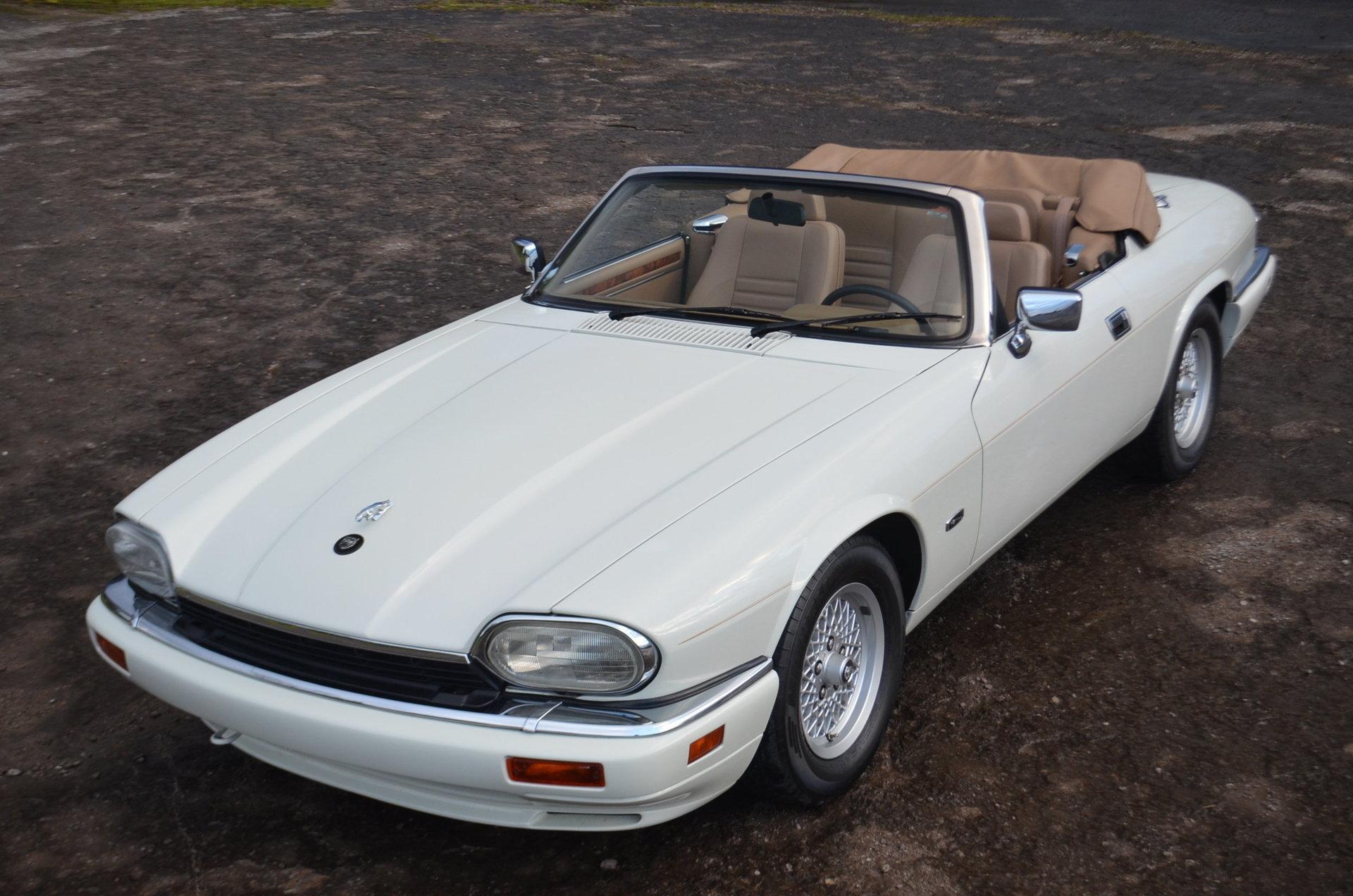 3347d30e9da5 hd 1994 jaguar xjs