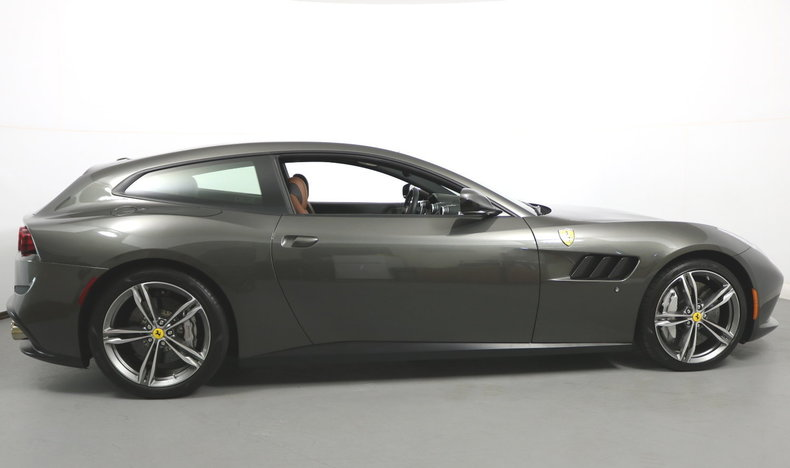 2017 2017 Ferrari GTC4Lusso For Sale