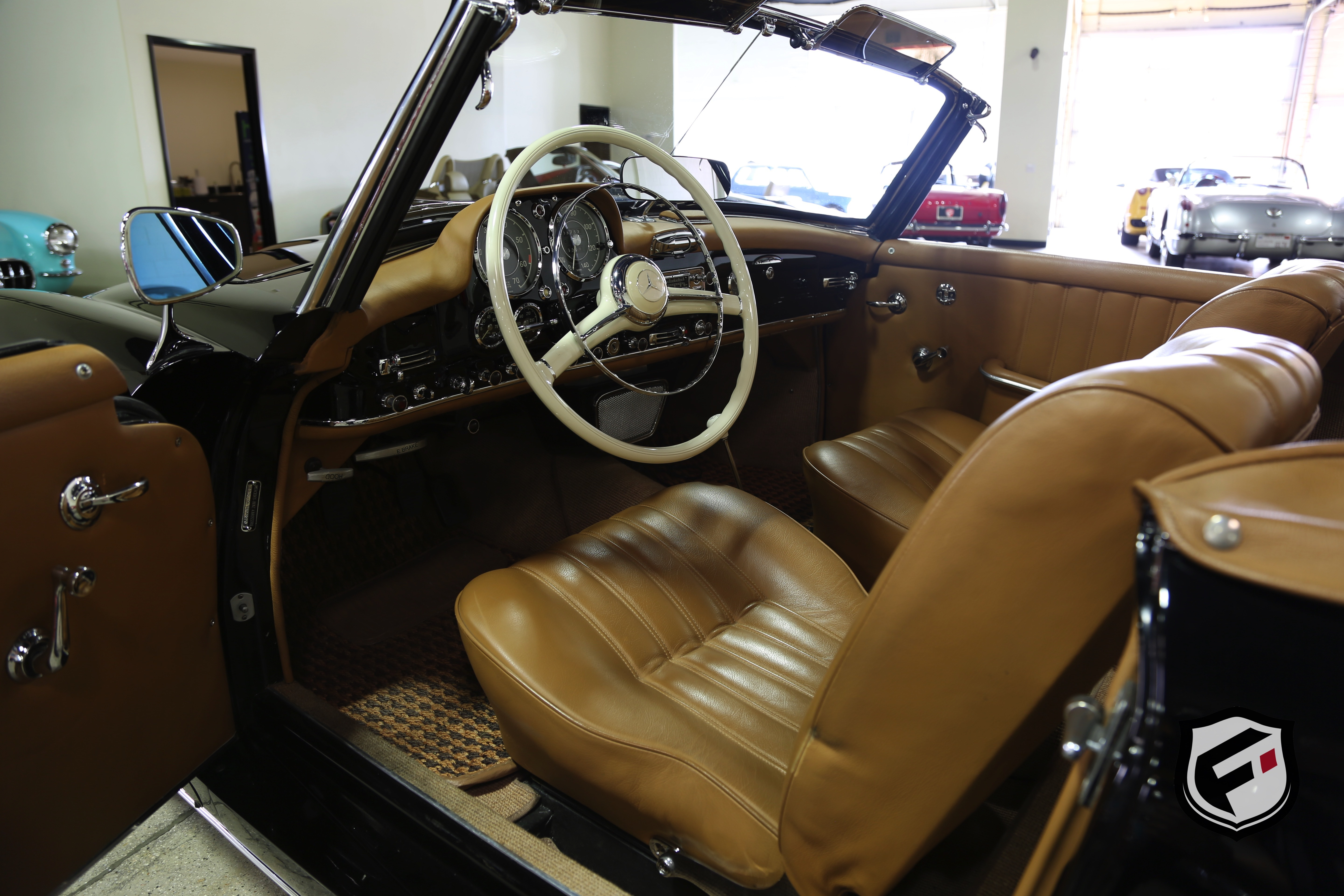 1957 mercedes benz 190sl fusion luxury motors for Mercedes benz pay monthly