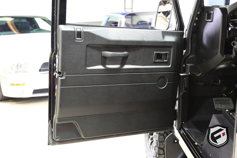 1991 Land Rover Defender --: 1991 Land Rover Defender 110  0 Santorini Black  LS3 V8