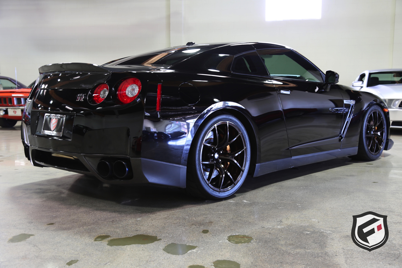 2010 Nissan GT R