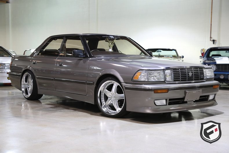 1990 Toyota Crown