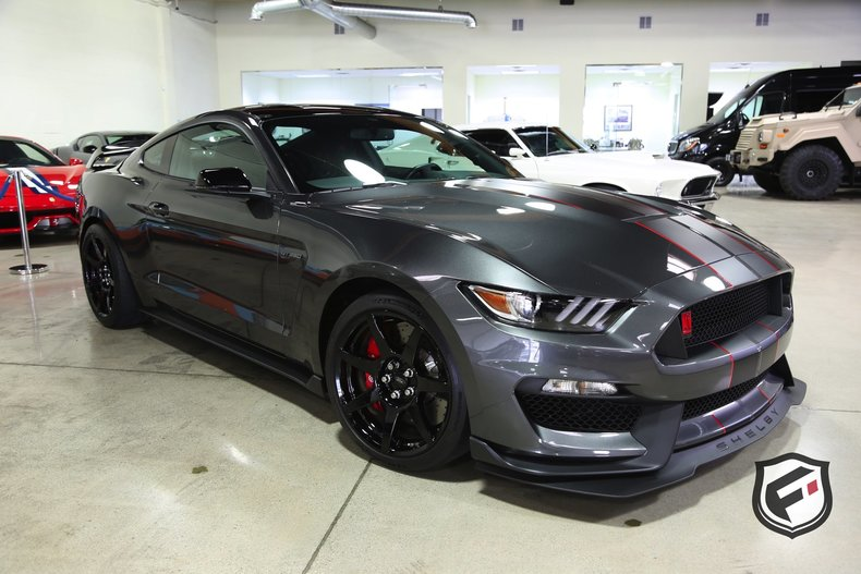 12822d523b78a low res 2016 ford shelby gt350 r fastback