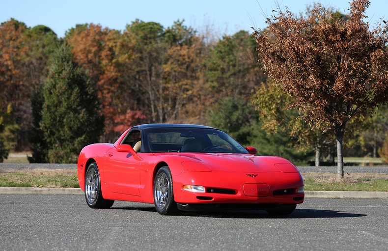D E Low Res Chevrolet Corvette on 1999 Corvette Ls1 Engine Specs