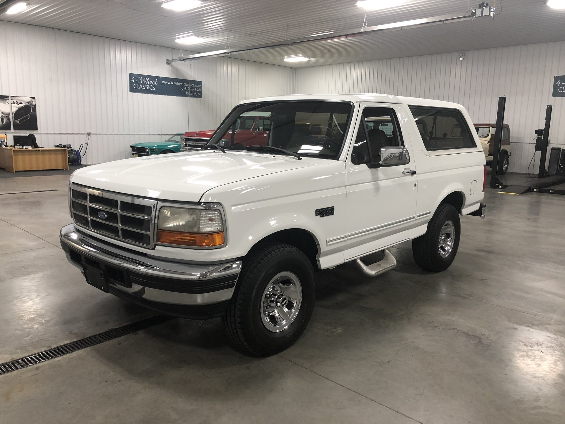 125558fbb51d8 hd 1996 ford bronco