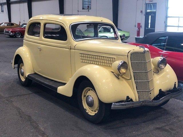 1935 ford 2 door sedan gaa classic cars. Black Bedroom Furniture Sets. Home Design Ideas