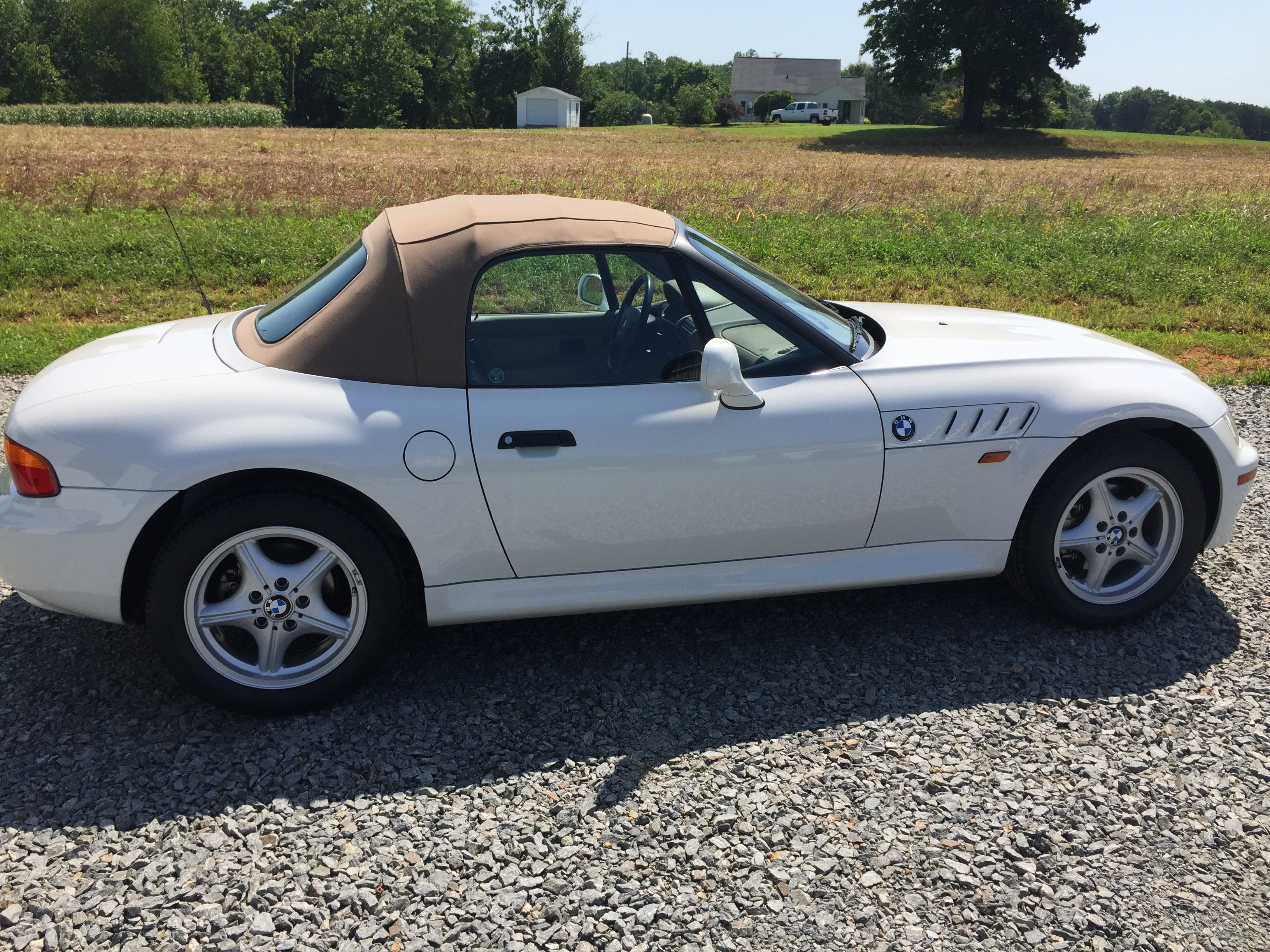 1997 bmw z3 roadster convertible gaa classic cars. Black Bedroom Furniture Sets. Home Design Ideas