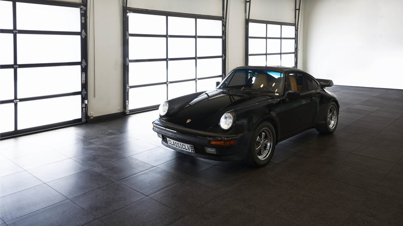 23682285f310 low res 1987 porsche 930 turbo