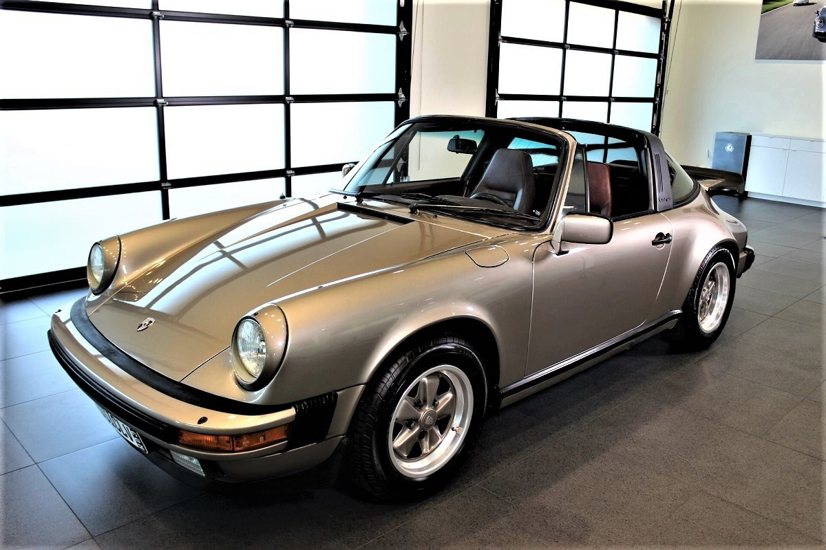 1984 porsche 911 targa gaudin classic. Black Bedroom Furniture Sets. Home Design Ideas