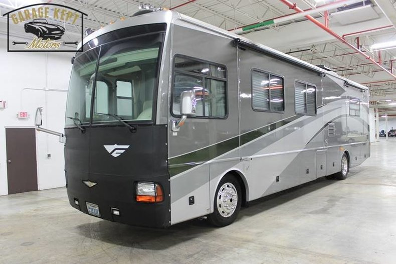 2006 Fleetwood Discovery