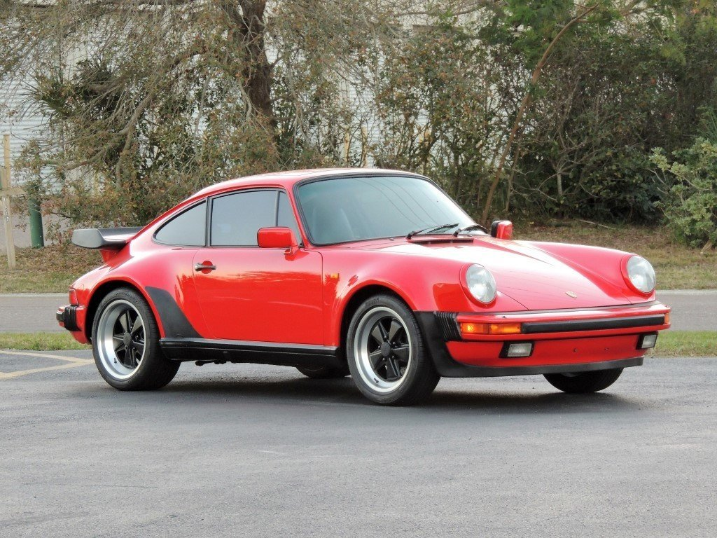 5833e6c91722 hd 1985 porsche 911 turbo look