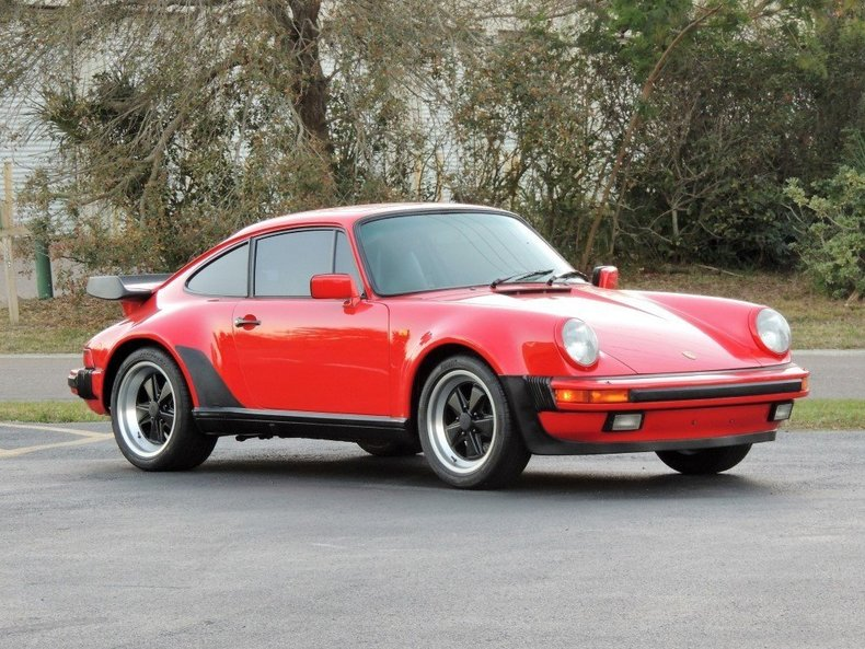 1985 PORSCHE 911 TURBO-LOOK
