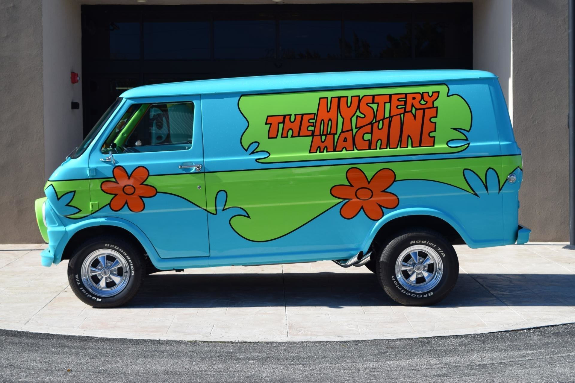 Cars For Sale Fresno Ca >> 1972 Z Movie Car Scooby Doo Mystery Machine | Ideal Classic Cars LLC
