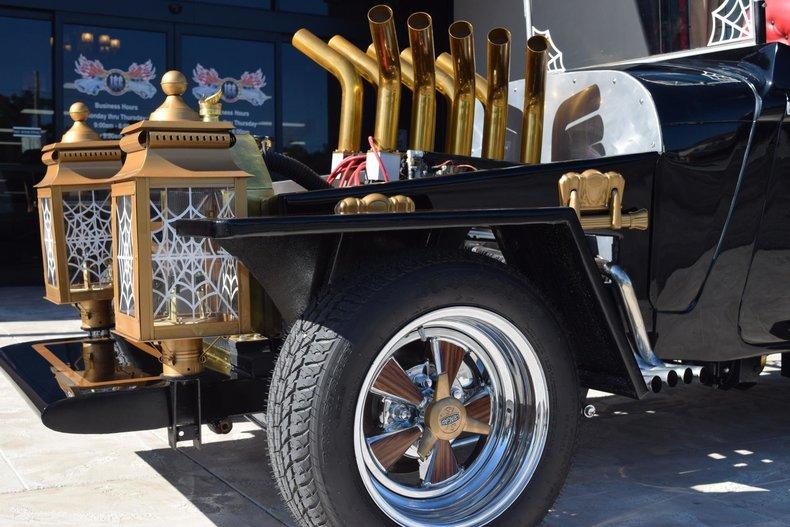 2396e4345919 low res 1927 z movie car the munster koach