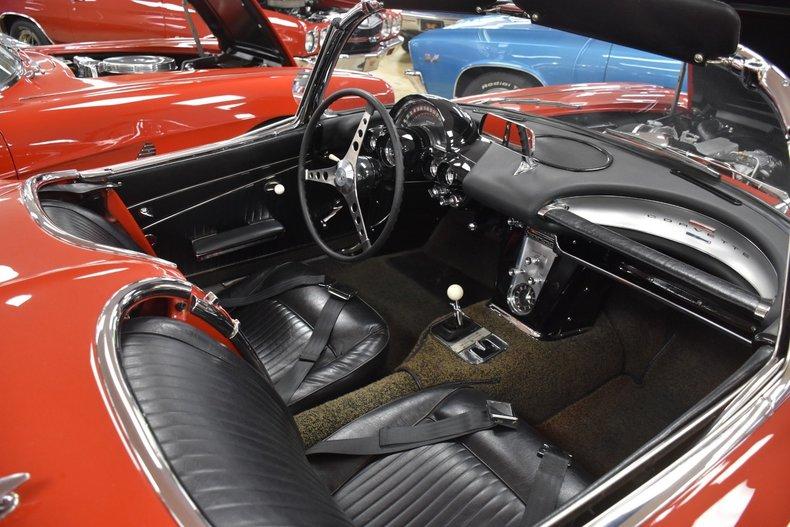 6200360f232 low res 1962 chevrolet corvette