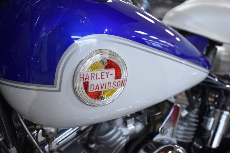 1414e5ad4a25 low res 1957 harley davidson flh