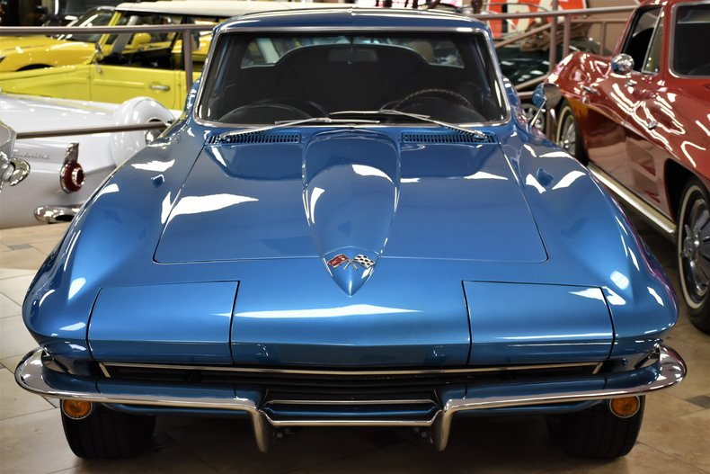127281893f7c9 low res 1965 chevrolet corvette