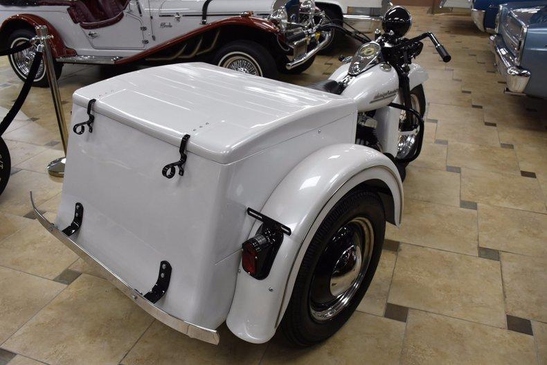 14255eb6c5b2 low res 1952 harley davidson servi car