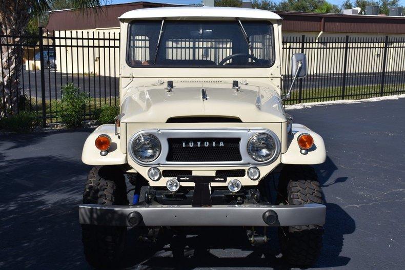 112022e7c894f low res 1967 toyota fj40