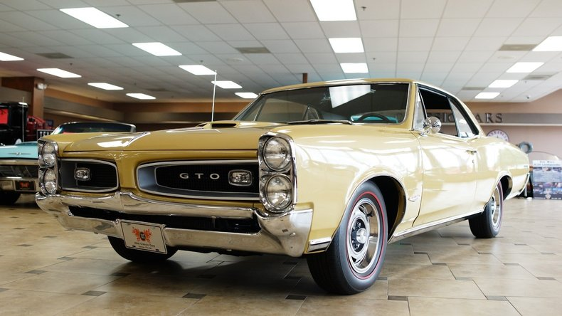 17346f84a076 low res 1966 pontiac gto