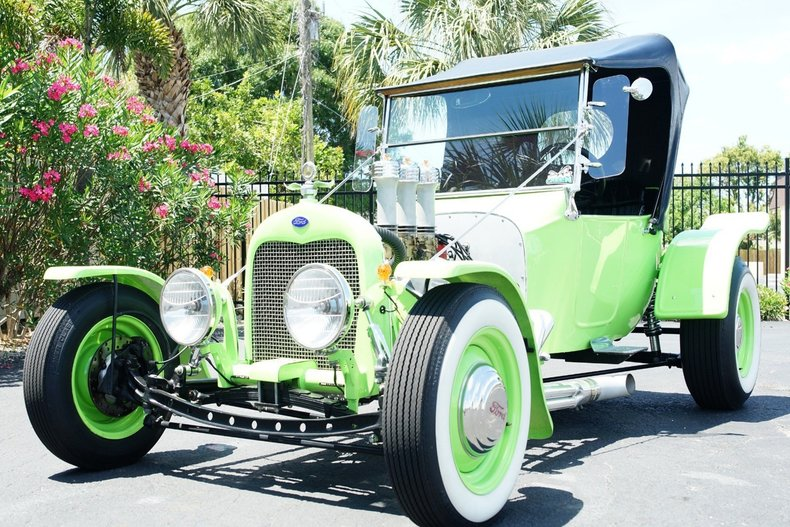 12198e6f1098 low res 1923 ford t bucket