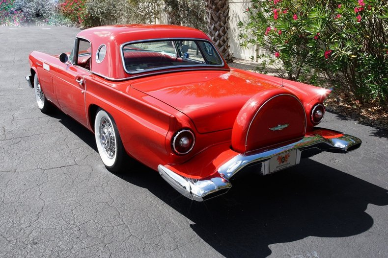 13021e8f4628 low res 1957 ford thunderbird