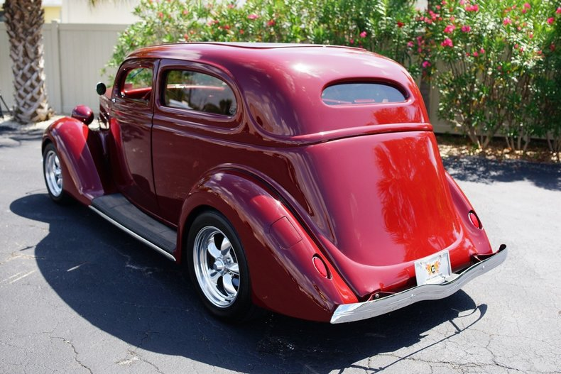 11804c91536a low res 1936 ford sedan