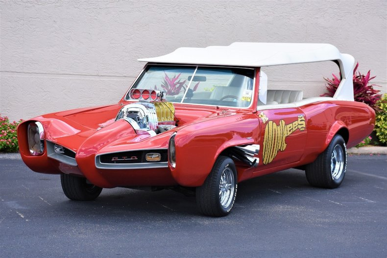 2337d84769c3 low res 1967 z movie car the monkees mobile