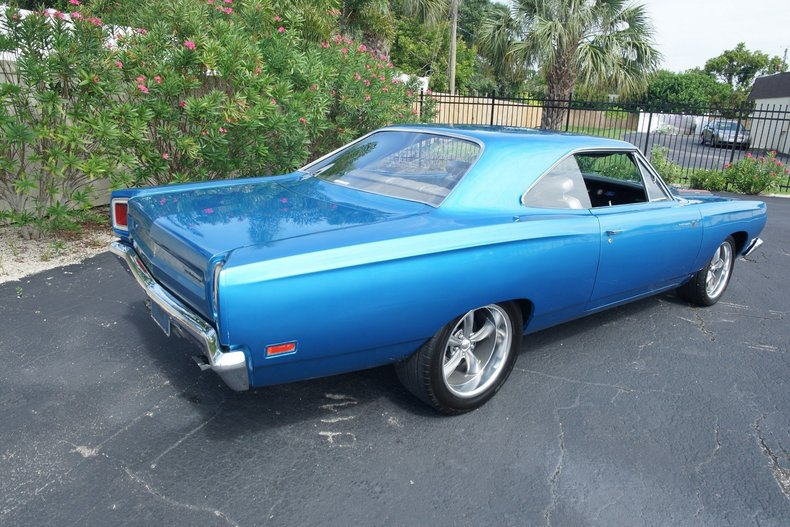 16773a73a296 low res 1969 plymouth roadrunner
