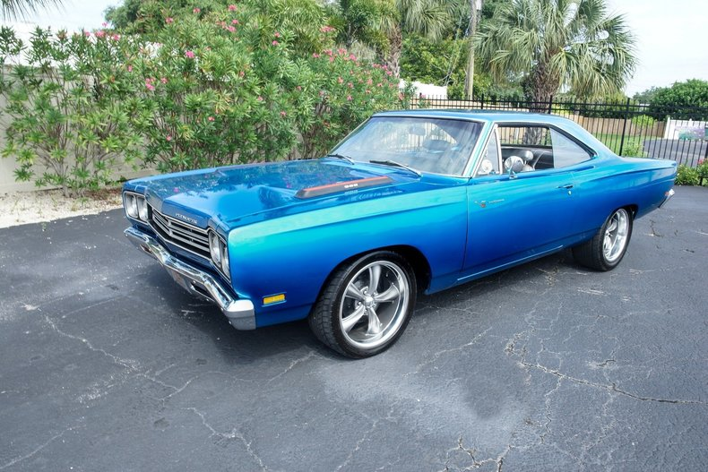 16788e32855b low res 1969 plymouth roadrunner