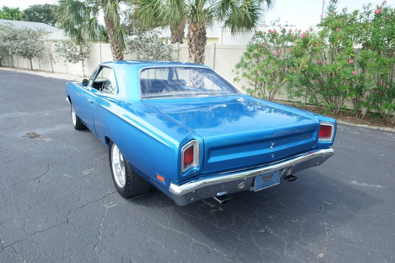1681e80c57d5 low res 1969 plymouth roadrunner