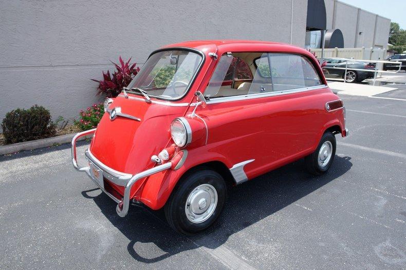 56d0ab2137 low res 1959 bmw isetta 600