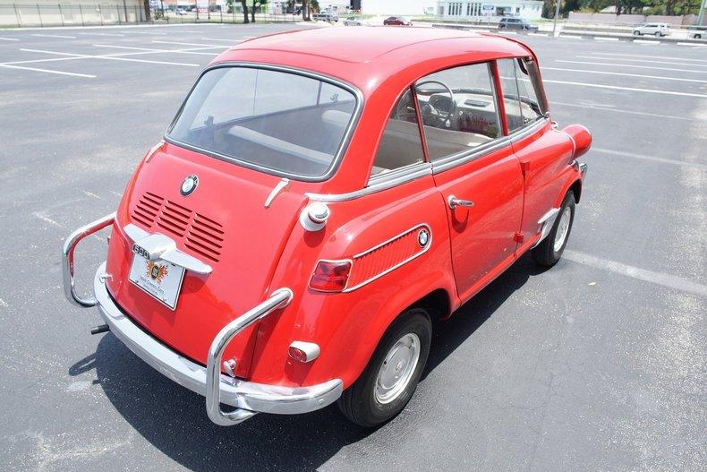 598bd1c314 low res 1959 bmw isetta 600