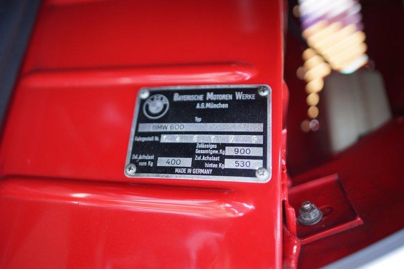 7220e88265 low res 1959 bmw isetta 600