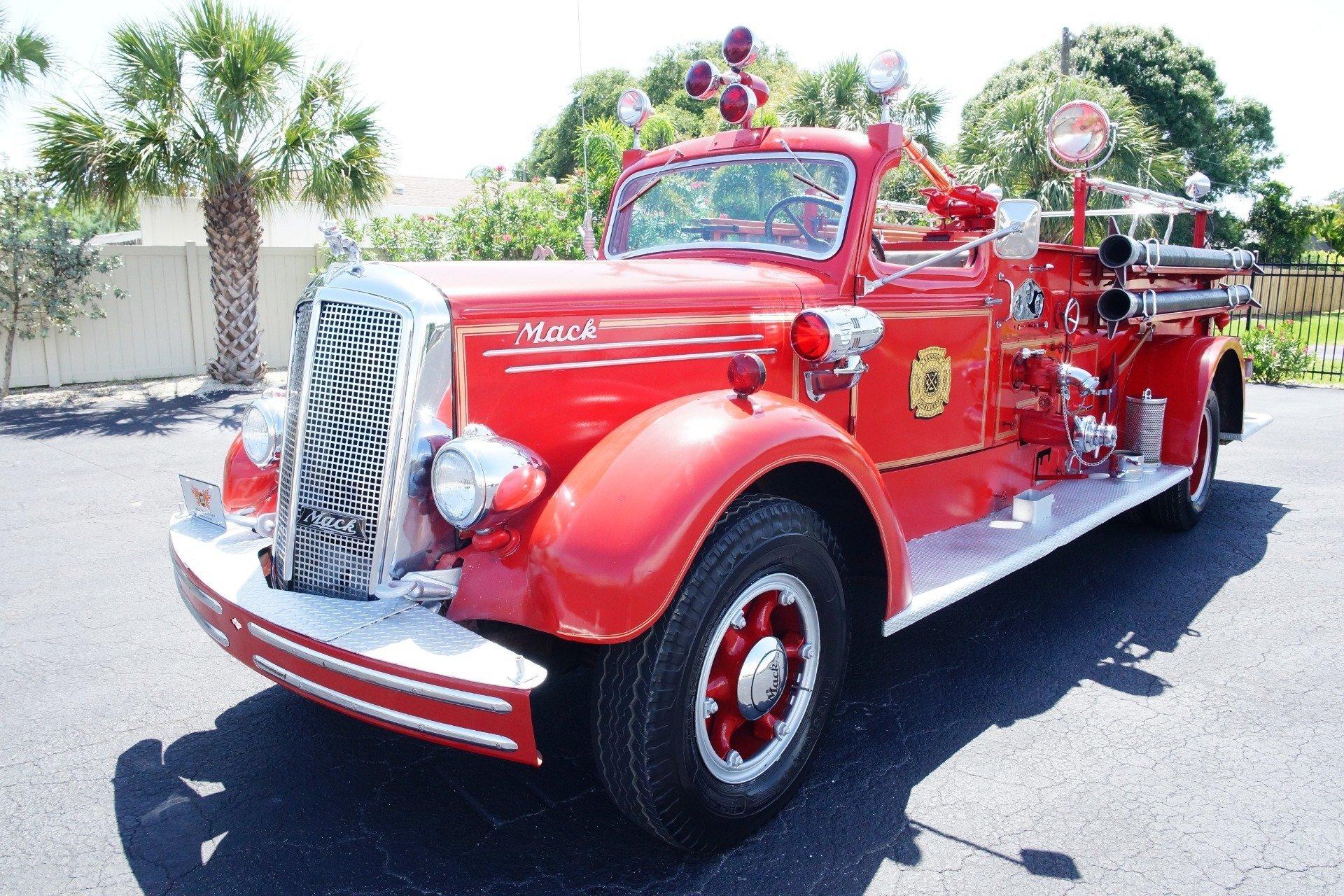 ... 1499b85cc5a2 low res 1943 mack model 505 fire truck ...