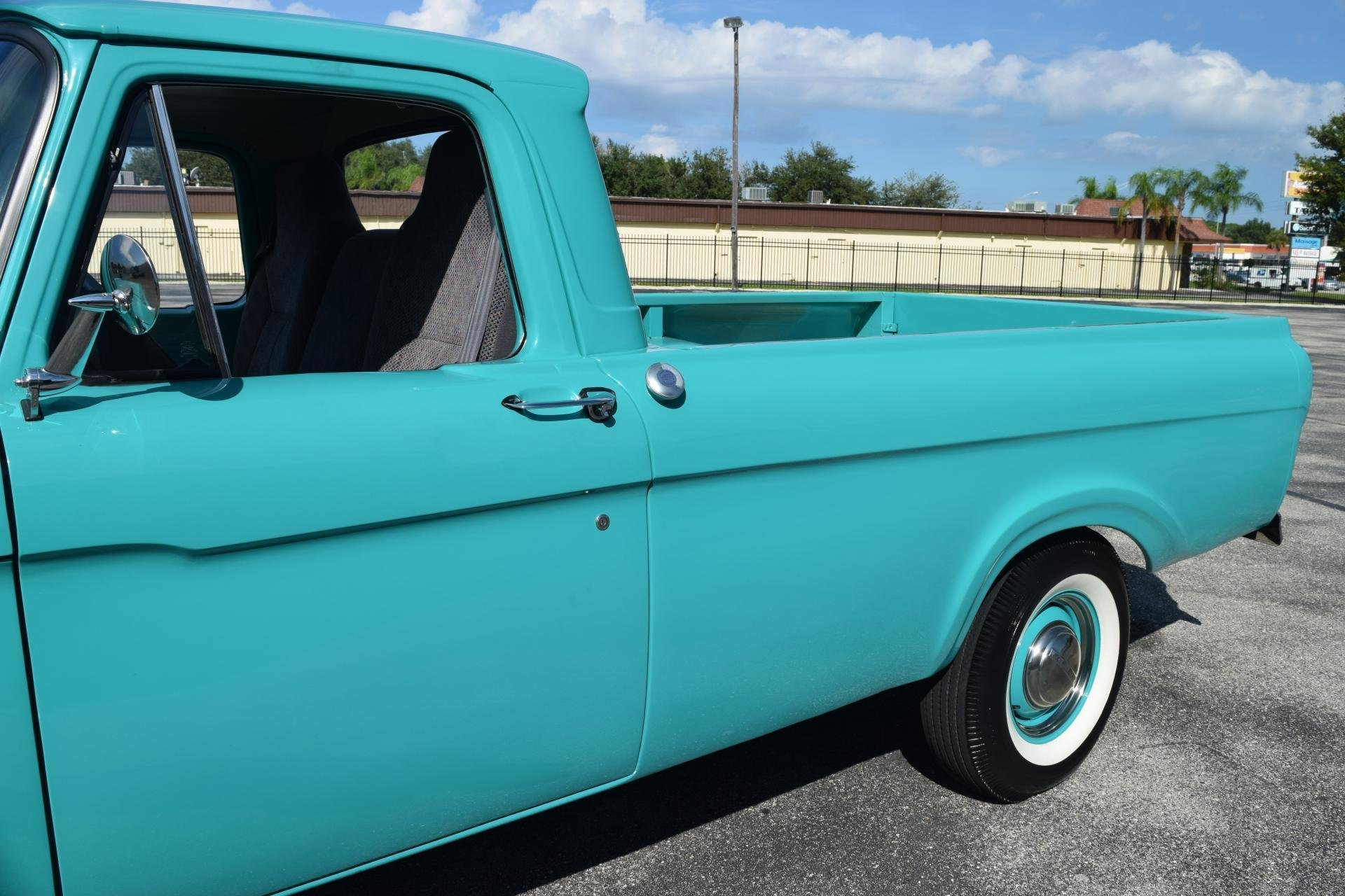 1961 Ford F100 Ideal Classic Cars Llc Pick Up 75066d54423a Low Res