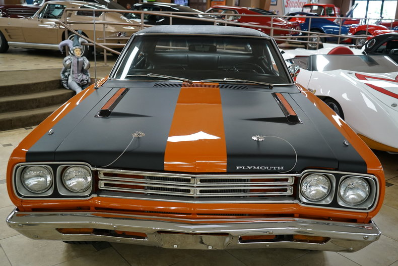 139032880526f low res 1969 plymouth roadrunner