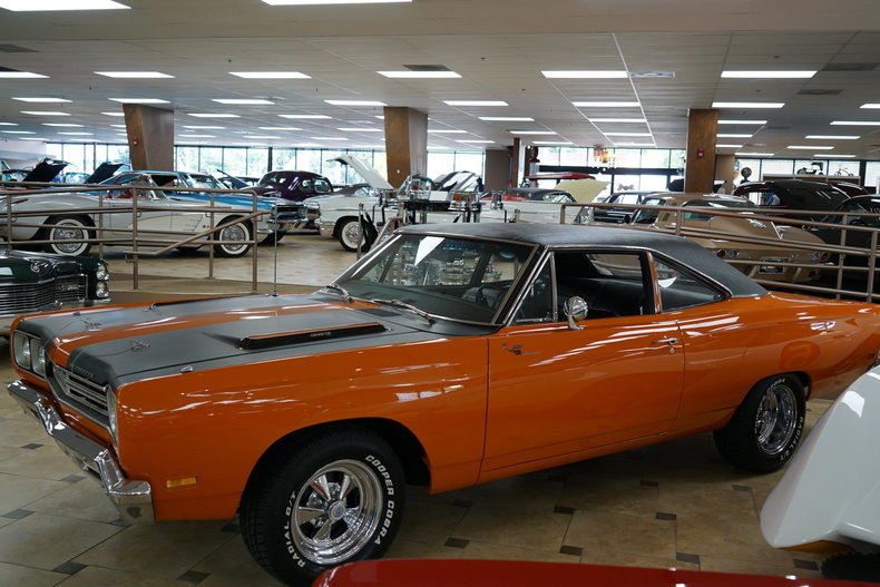 139098510ece0 low res 1969 plymouth roadrunner