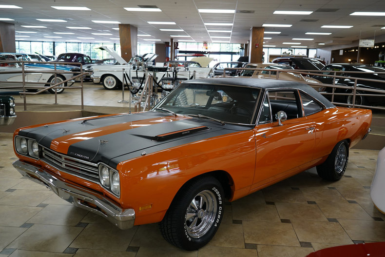 14388b2b887f2 low res 1969 plymouth road runner