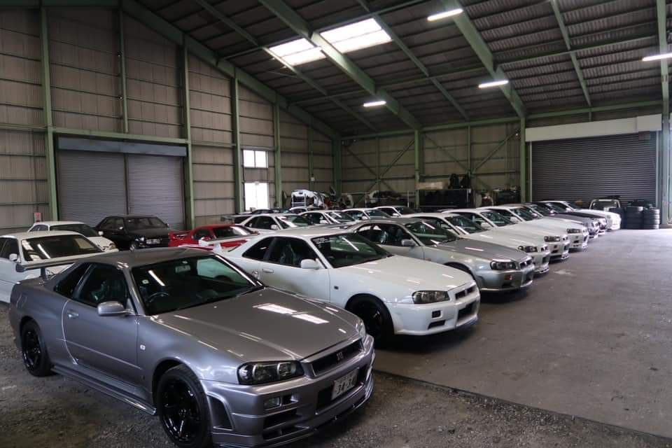 Toprank went shopping and we bought some R34 GTR's. All for sale with storage available in Japan until they turn 25. Here's a look at what we've got in the warehouse right now.