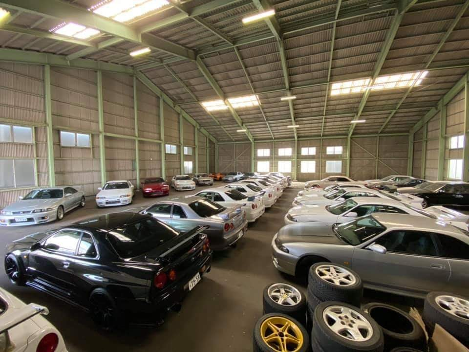 How to buy and store a R34 GT-R in Japan