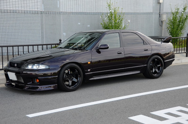 R33 GTS-t 4 door legal japanese classic starting August 2018