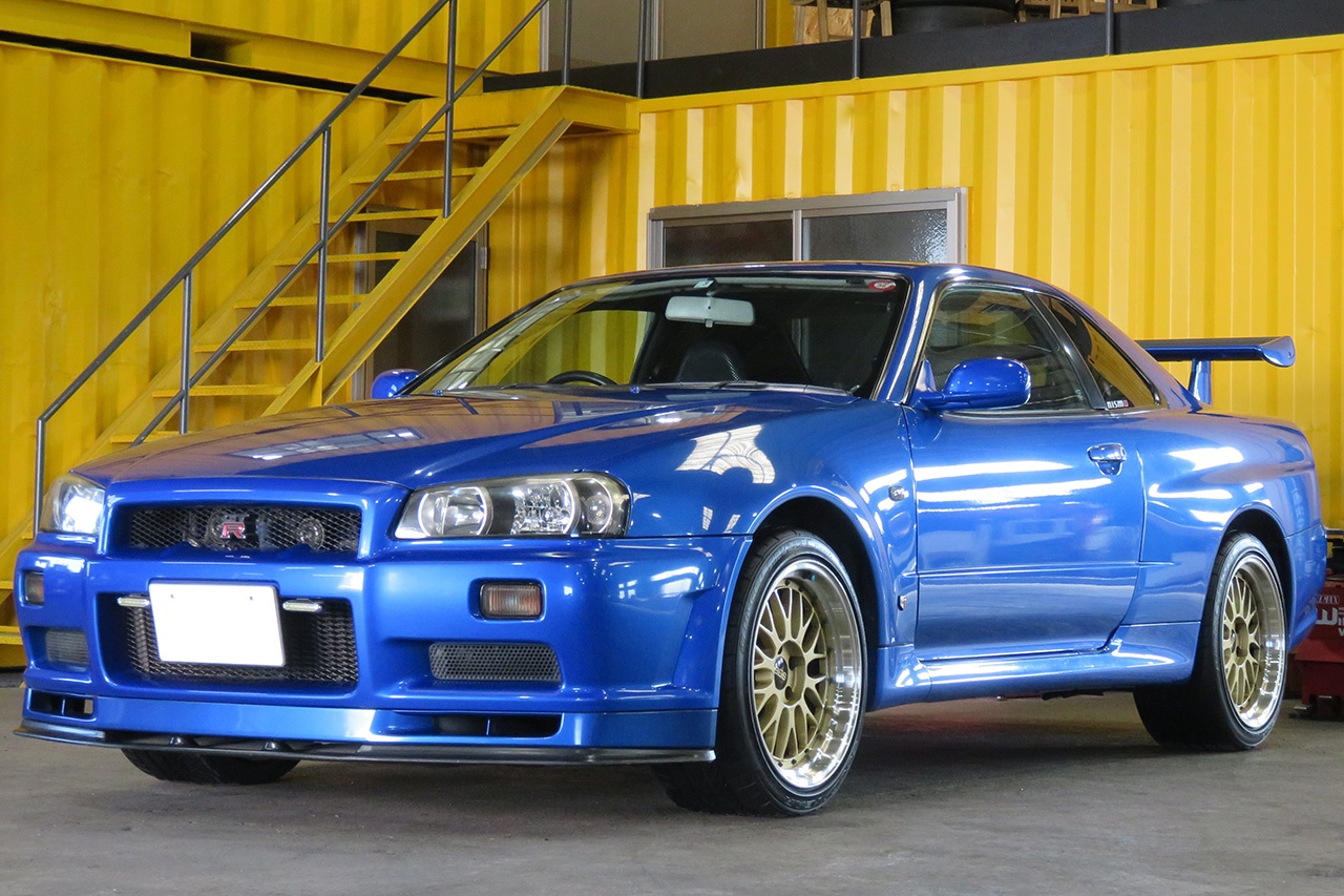 2001 R34 GT-R for sale at Toprank. We can buy and store a car in Japan until it is 25 years old