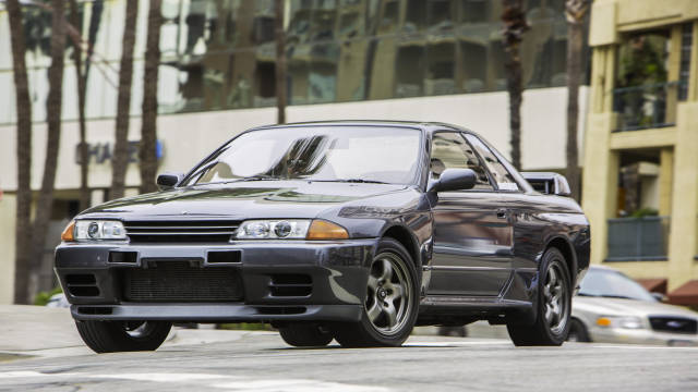 Road and Track Magazine R32 GT-R Show or Display