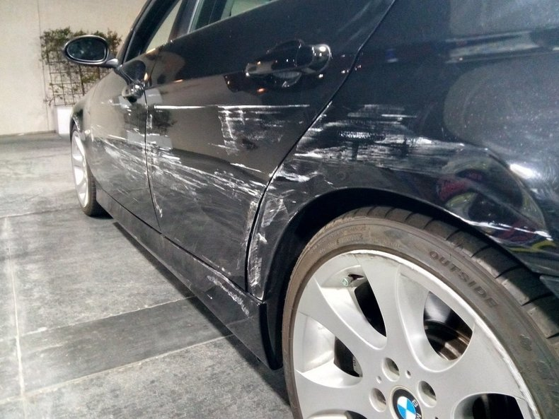 2007 BMW 335i Back Zoom Icon