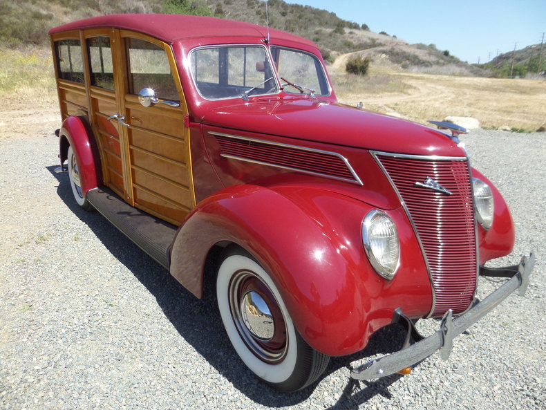 1937 Ford Woody Wagon Model 48