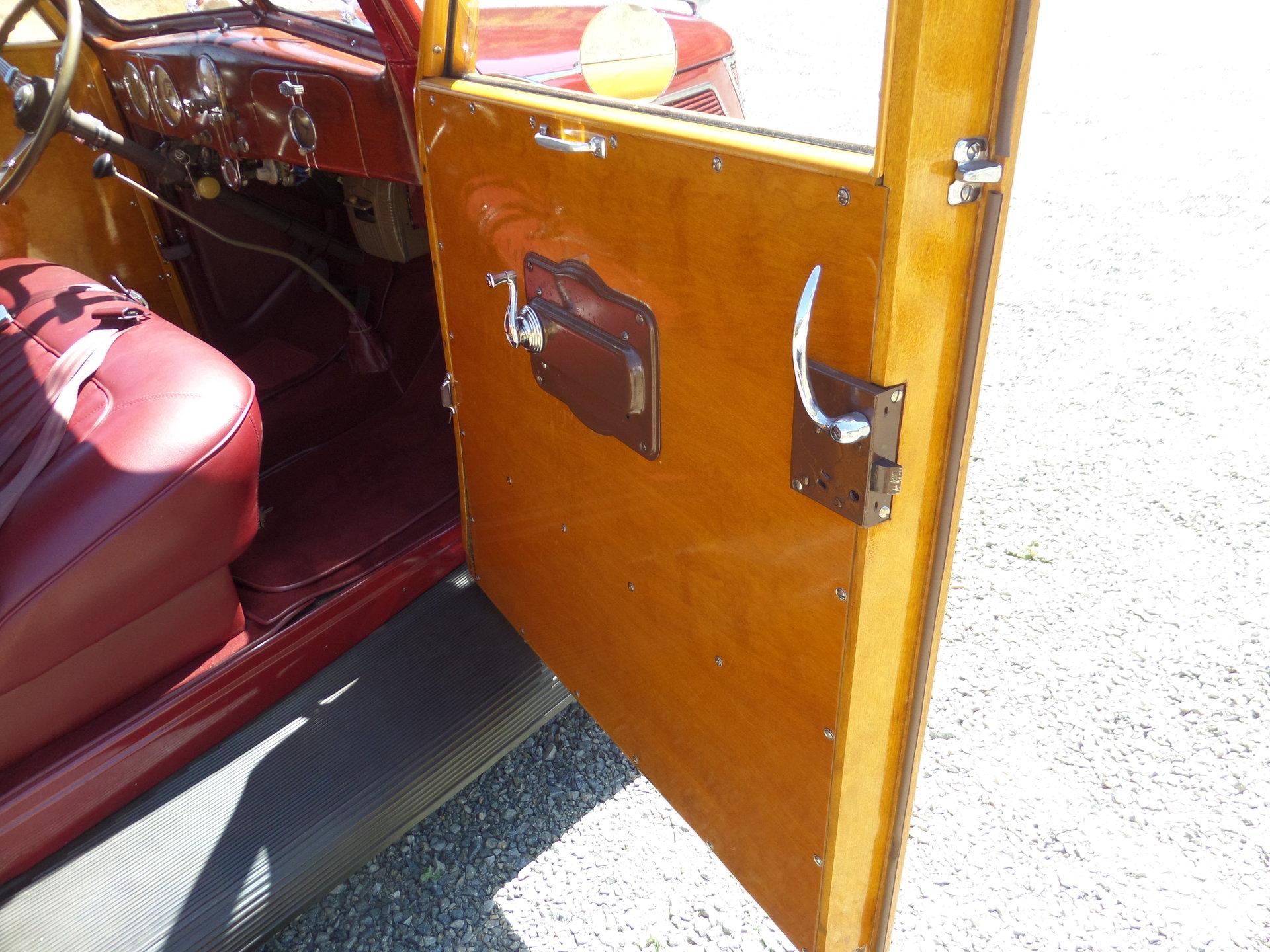 1937 Ford Woody Wagon Model 48