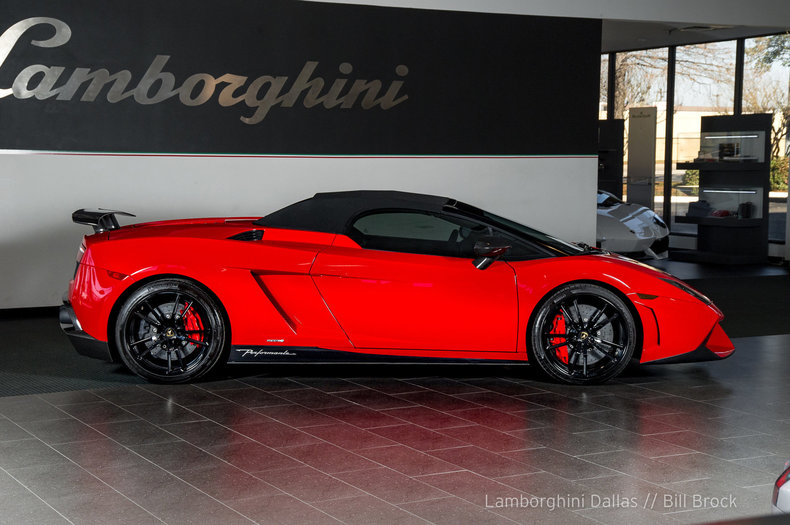 2013 Lamborghini Gallardo LP570-4 Performante - Lamborghini Dallas