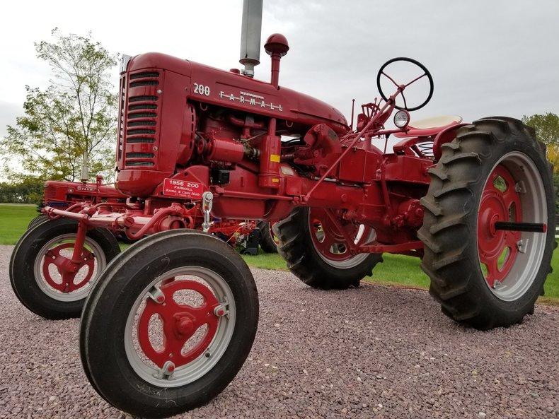 1956 Farmall 200