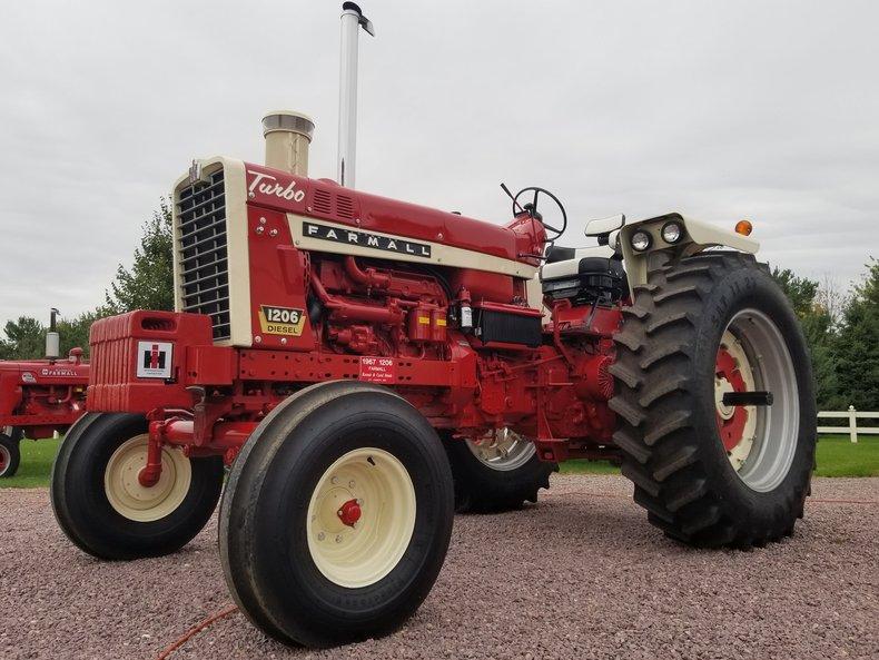 1967 Farmall 1206 Diesel